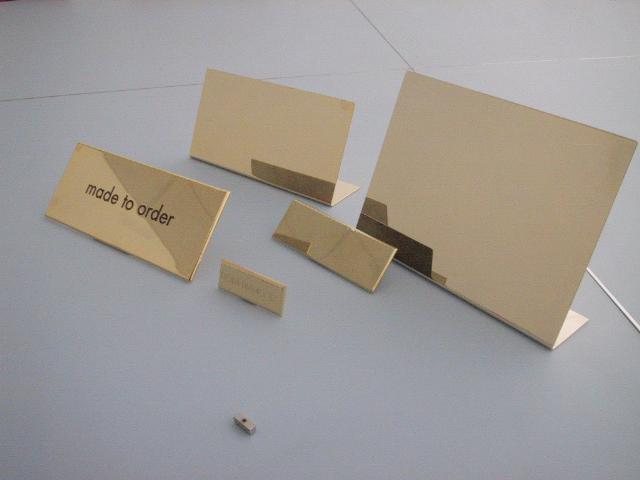 Targhette incise – Grooved plates